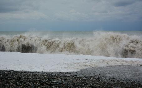 Flooding beach